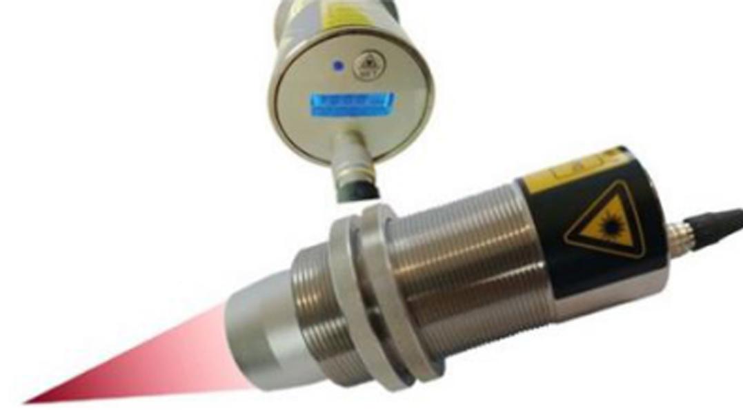 IRT-CF400A焊接专用激光聚焦瞄准带显示焊接红外温度传感器在线式红外测温仪(70-400℃)